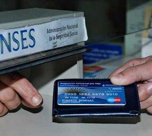 Asignación Universal por Hijo redujo el índice de pobreza y cambió la demanda en la salud (10-04-2012)